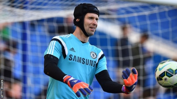 Petr Cech: Chelsea keeper 'given permission' to talk to other clubs