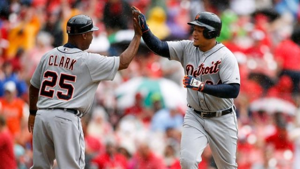Eye on MLB, May 16: Miguel Cabrera launches 400th home run